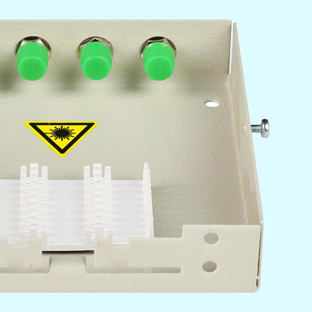оптический адаптер FC/APC в кроссе